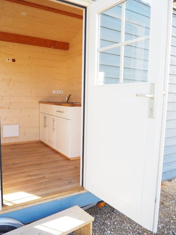 Flex home mobiles wohnen in holz der reisetester for Mobiles wohnen holz