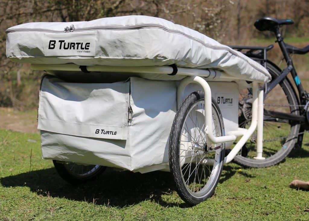 der fahrrad caravan gentle tent b turtle der reisetester. Black Bedroom Furniture Sets. Home Design Ideas